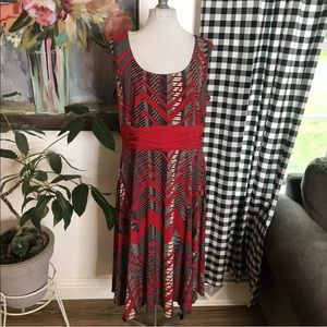 Perceptions stretch chevron midi dress large 3K